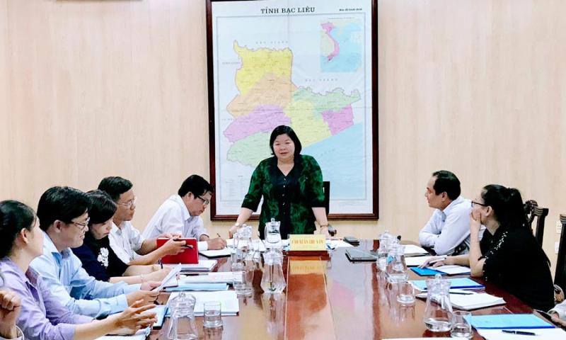 Phó Chủ tịch UBND Tỉnh – Cao Xuân Thu Vân làm việc với Trường Đại học Bạc Liêu