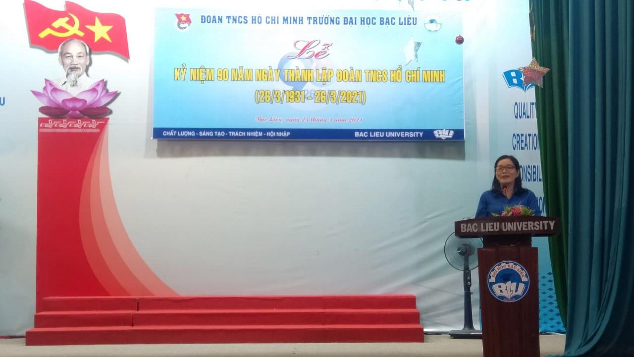 Đ/c Dương Việt Hằng - Phó Bí thư Đảng ủy phát biểu chỉ đạo tại buổi lễ