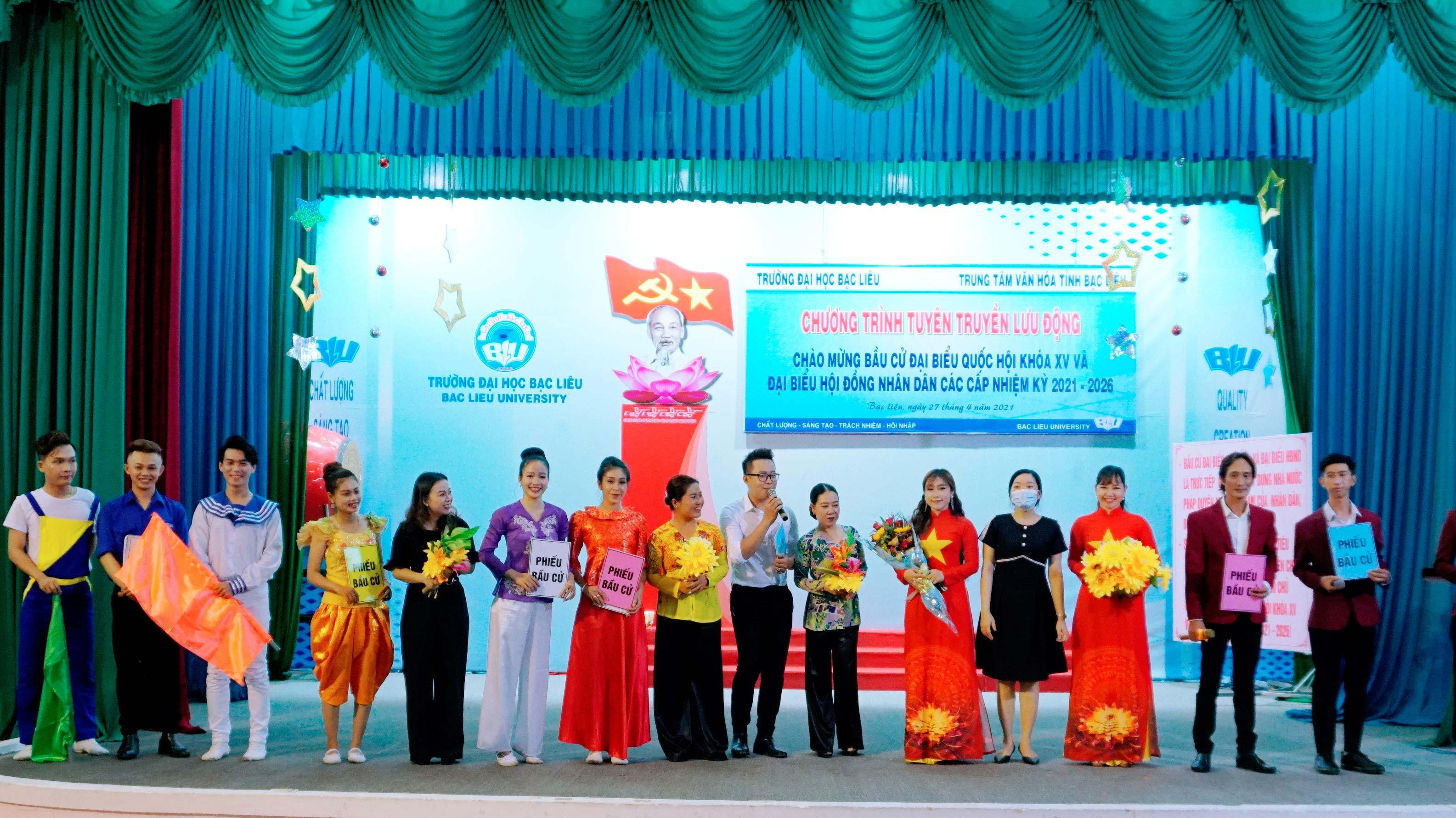 Trường đại học Bạc Liêu tuyên truyền bầu cử đại biểu Quốc hội Khoá XV và đại biểu Hội đồng nhân dân các cấp Nhiệm kỳ 2021 – 2026